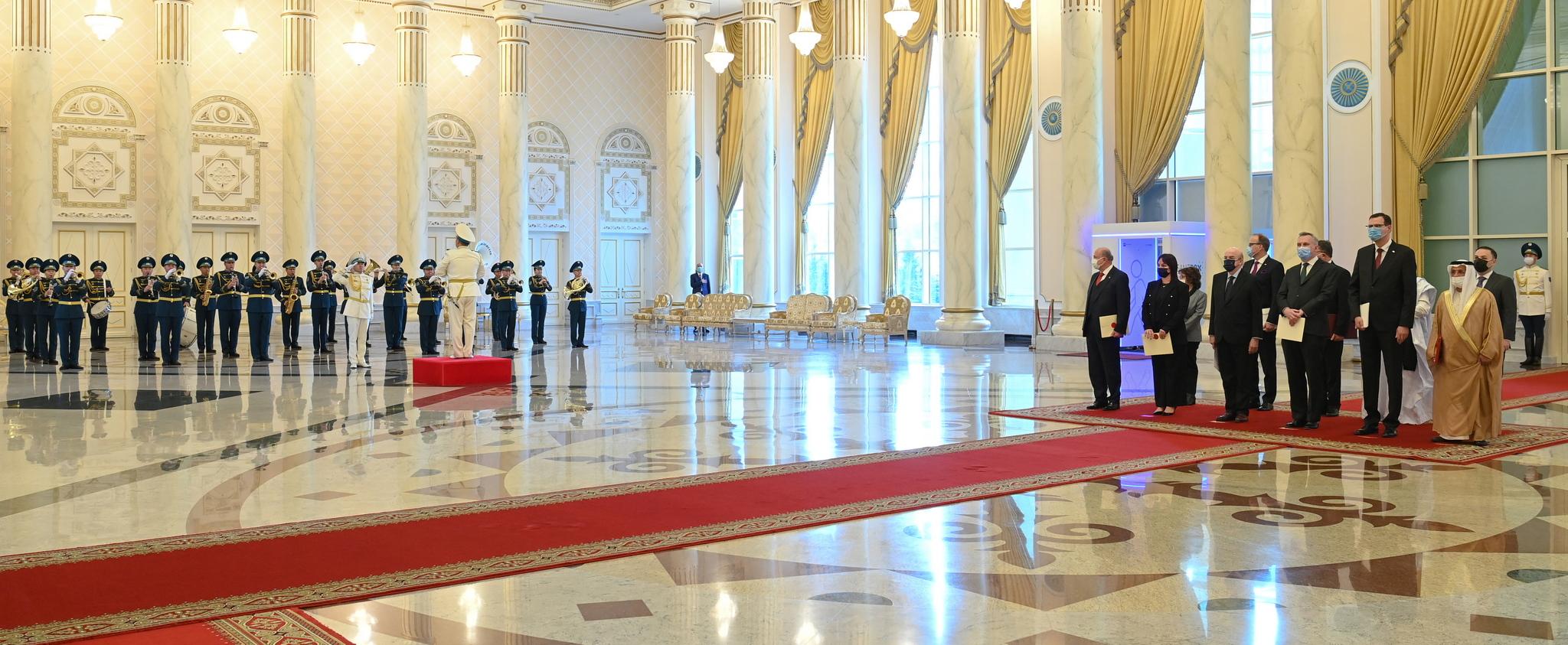 Президент принял верительные грамоты у послов ряда государств